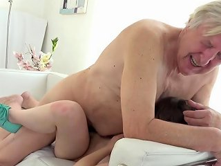 Old Goes Teen Luna Rival Gets Fucked While She Vacuums The Rug Porn Videos