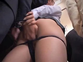 Japanese Girl Masturbates Thinking On The Cumshot She Took On The Bus