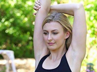 Karups Alexa Grace Fucking Her Boyfriends Roommate