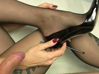 Cum On Dangling Feet In Pantyhose Free Porn 3a Xhamster