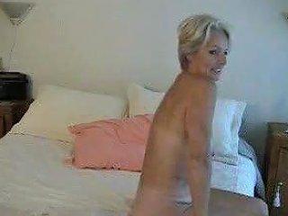 Mature Justine Posing 2 Free Mature Posing Porn Video Ae