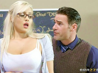 This Nerdy Schoolgirl Really Wants To Get Rammed Hard And Deep